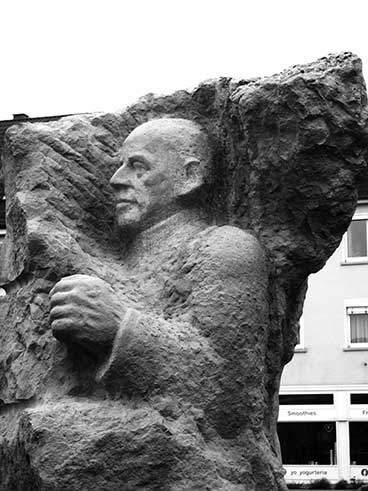 Eugen Bolz Denkmal Rottenburg